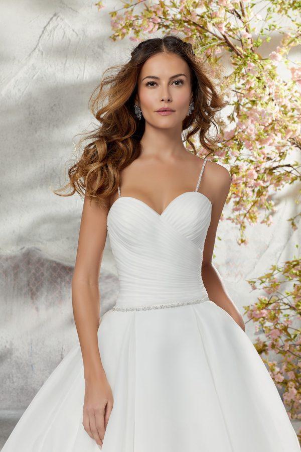 Brautkleid Mein und Fein Morilee Laurissa 003