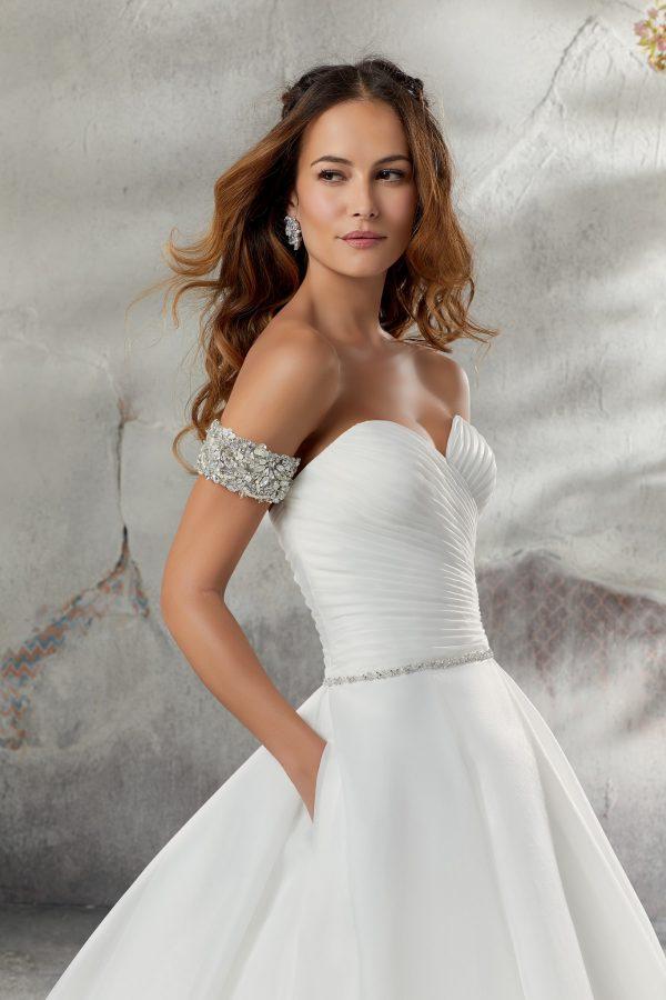 Brautkleid Mein und Fein Morilee Laurissa 004