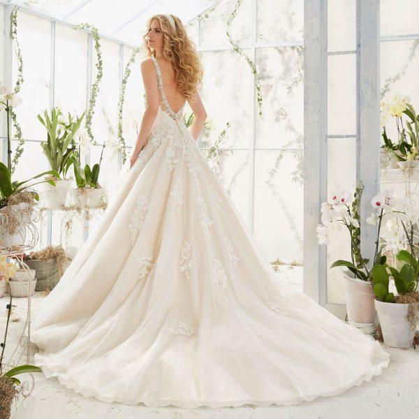 Brautkleid Mein und Fein Morilee Patricia 002
